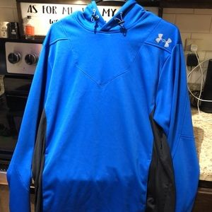 Under Armour Hoody with pockets